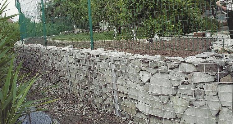 Подпорные стены в коттеджном стр
